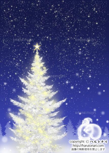 白いクリスマスツリーとサンタクロース